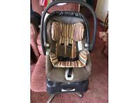 Mamas and papas primo viaggio car seat- includes detachable base