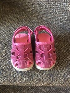 Toddler size 5 sandals