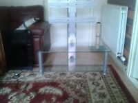 TEMPERED CLEAR GLASS TV STAND WITH MOUNT CAN DELIVER