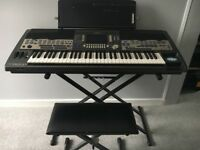 Yamaha 9000 v2 keyboard, top of the range, good condition