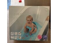 Mothercare Aquapod for baby baths (aged 6+ months), boxed, only tried once so practically new!