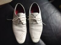 Men's size 9 white leather shoes