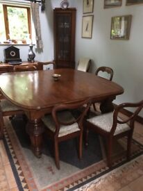Solid Mahogony Dining Table & Chairs