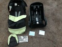 Graco auto-baby car seat and base plus cosy toes