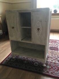 shabby chic Cabinet- good upcycle project