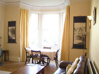 festival lets: Large central Edinburgh flat, ground floor, wifi, cot, hi chair, garden, sleeps 5