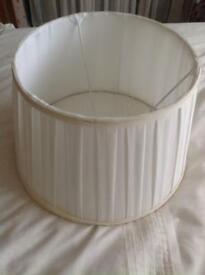 Cream pleated lampshade large