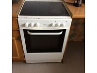 White Bush freestanding cooker with ceramic hob