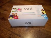 Nintendo Wii Console, 10Games, 2 controllers & Accessories