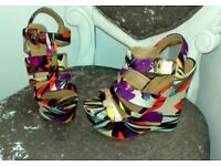 River island size 5 wedges