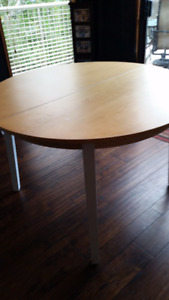 """Extendable 45"""" Table & 4 Wooden Chairs"""