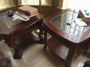 Coffe table & 2 side tables Moving sale all must go