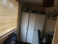 4 bedroom end of terrace house to rent Crescent Road - NO FEES