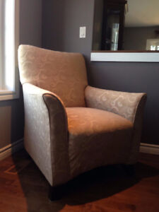 2 Accent Chairs (like new)