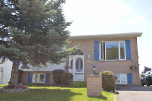 Open House Sun Aug 20 1-3pm Charming Bungalow with Large Garage