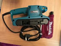 Makita 9911 corded electric belt sander 240v 3''/75mm heavy duty with dust bag