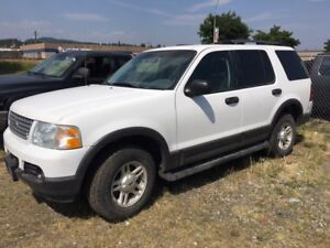2003 Ford Explorer SUV, Crossover