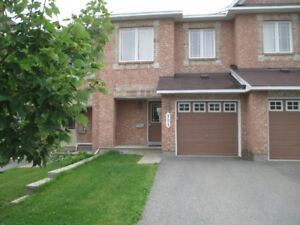 3 bed, 2.5 bath townhome for rent in Morgan's Grant in Kanata