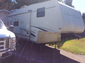 25'Trail Cruiser 5th wheel trailer