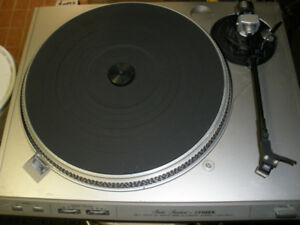 Fisher MT-5410 Turntable