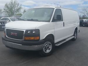 2015 GMC Savana 2500 C/W POWER WINDOWS AND LOCKS--PARTITION--