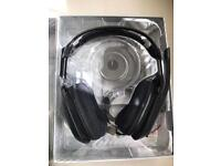 Astro A50 gaming wireless gaming headset gen 2 plus stand