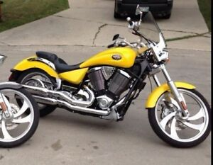 MINT CONDITION!!! 2005 Victory Vegas Motorcycle
