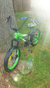 "Decibel Pitbull 20"" Bike  with fat tires new never used ,"