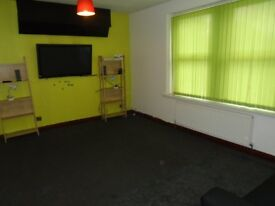2 - Bedroom First Floor Flat * TO LET (Barking Road, E6 3BD) **Part Dhss*