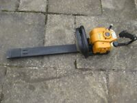 McCULLOUGH TIVOLI 63 PETROL HEDGE TRIMMER/CUTTER. FULLY WORKING. 60CM CUTTER + SAFETY COVER.