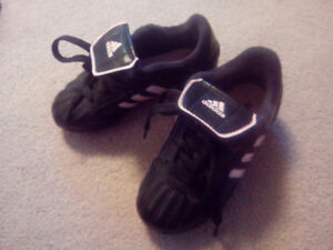 Girls Adidas soccer shoes size 10
