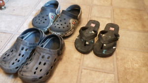 Child sandals crocs size 11 12
