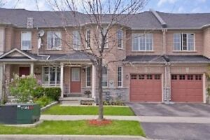 Beautiful 3 Bedroom Townhome in Richmond Hill