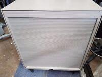 Tambour filing cabinet lockable