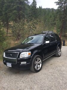 **REDUCED** 2010 Ford Explorer Limited Edition