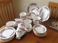 ATTRACTIVE 36 PIECE RICHMOND BONE CHINA TEA SET incl. 2 large sandwich plates, jugs and sugar basins