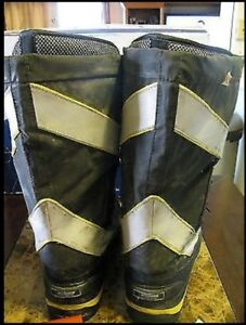 Baffin CSA winter boots w/ stripes. Need gone!