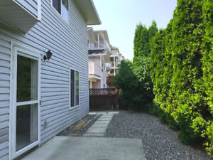 LARGE BRIGHT AND PRIVATE 1 BR/ 1 BTH BSMT IN ABERDEEN!