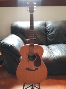 Martin 000X1 acoustic guitar + case and extras