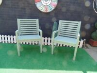 2 SOLID WOOD GARDEN ARMCHAIRS PAINTED WITH GREEN COLOUR VERY SOLID CHAIRS