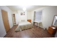 Double Size Room in girIs House Flat Share -- mint pie