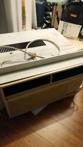 Free AC unit (leaking freon)