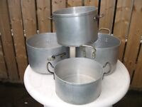 4 catering pans