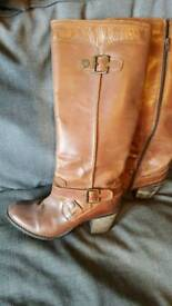 Hush puppie leather boots