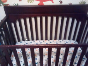 Graco four in one crib