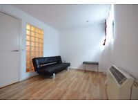 ALDGATE 1 BED FLAT NEWLY REFURBISHED AVAILABLE NOW FOR LONG LET. (PART DSS ACCEPTED)