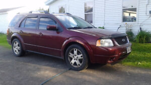2006 Ford FreeStyle, AWD Crossover