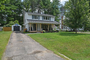 GREAT FAMILY HOME ~ CLOSE TO HILL PARK   ID# 1072748