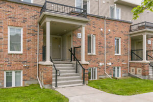 Exquisite 2 Bd 3Bth Unit in Stonebridge- 294 Espin Heights