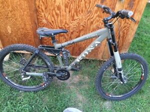 e a 2005 jobs stinky with upgraded forks and set up with a doubl